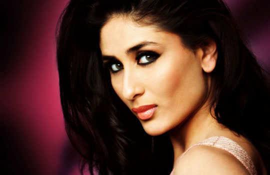 stars-who-turned-singers-bollywood-kareena