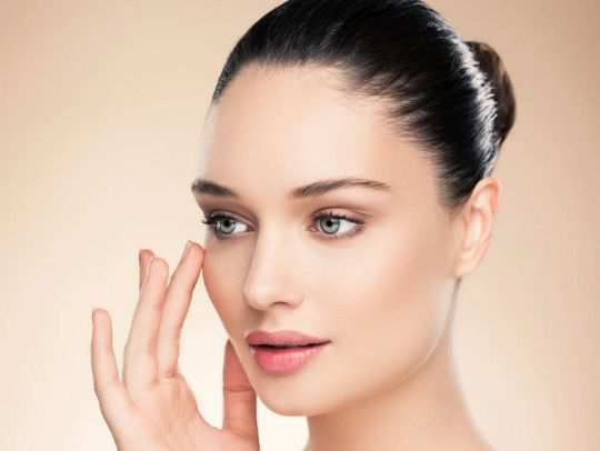 11-Ways-to-Lift-Up-Your-Face-without-Surgeon-Knife
