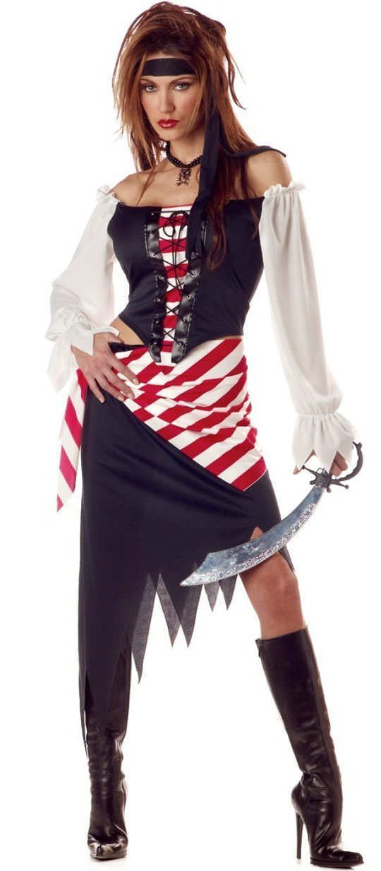 halloween-outfits-adult-ruby-the-pirate-beauty
