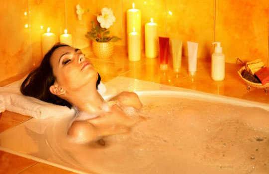 lower-back-pain-home-remedies-hot-bath