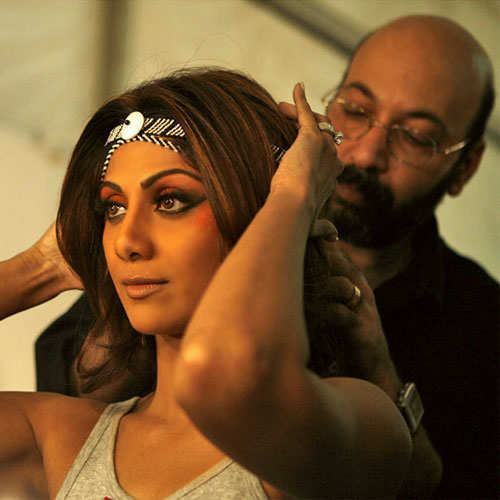 mickey-contractor-bollywood-makeup-artist-2