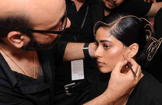 mickey-contractor-bollywood-makeup-artist-4