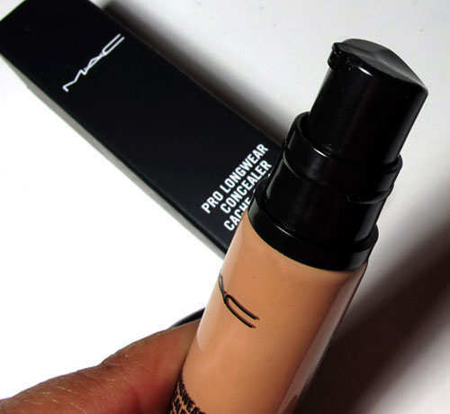 best-branded-concealers-for-make-up-mac-pro-long-wear