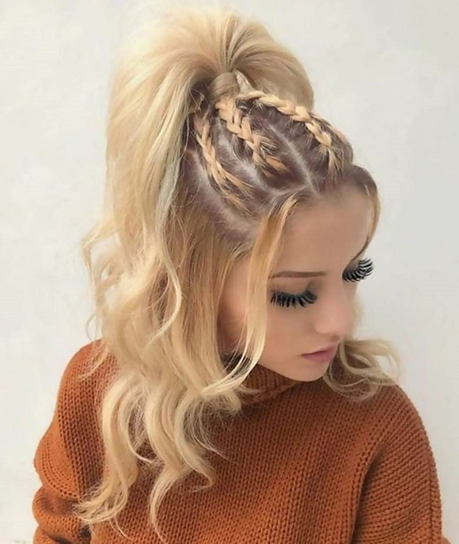 11 Half Up Half Down Curly Hairstyles to Try Without Any Doubt - WeTellYouHow
