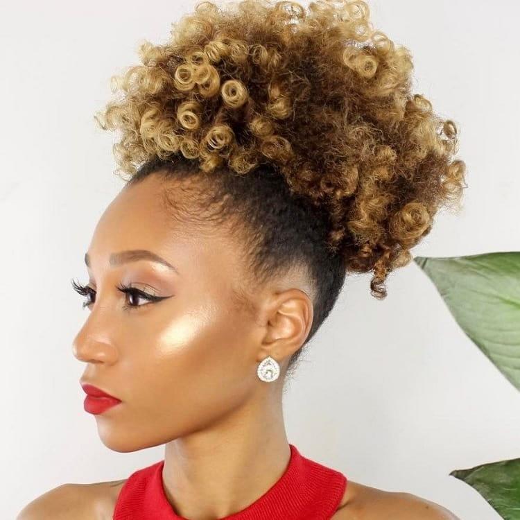 ponytail with honey blonde hair