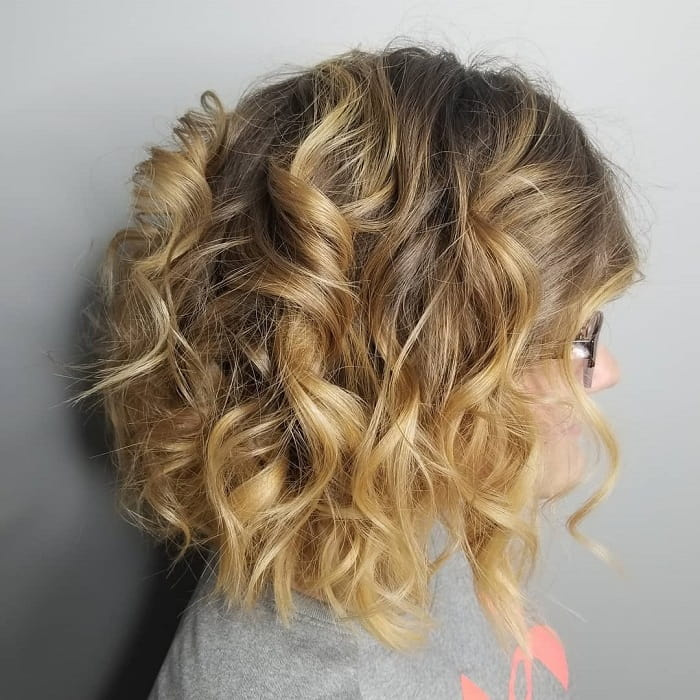 medium layered bob with blonde hair