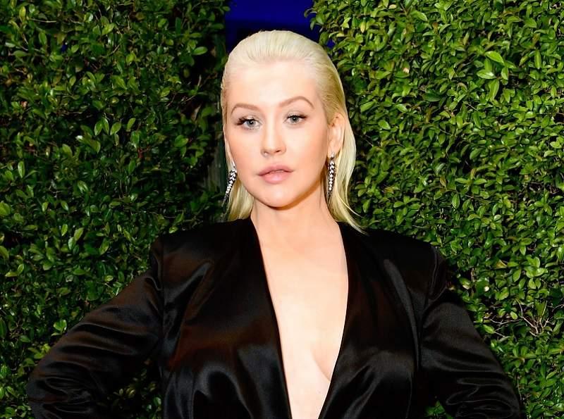 Christina Aguilera with blonde hair