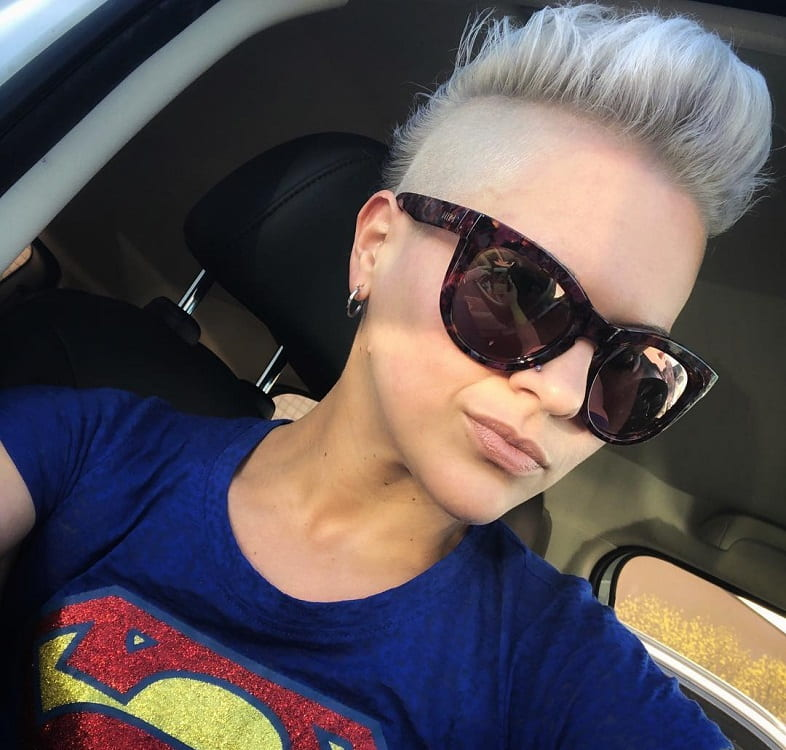 mohwak with shaved side for silver blonde hair