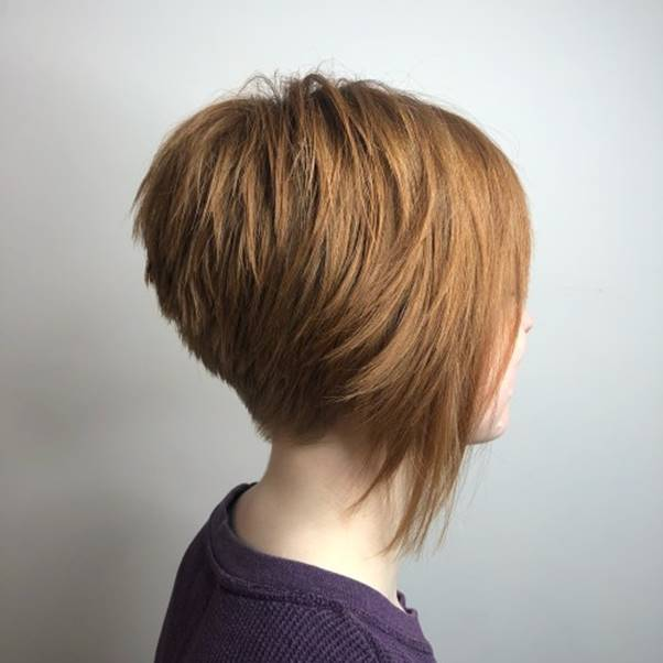 caramel blonde layered pixie hair
