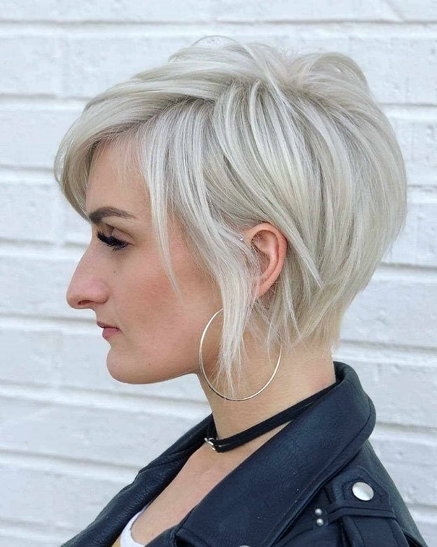 7 Alluring Short Blonde Hairstyles With Bangs To Rock Wetellyouhow