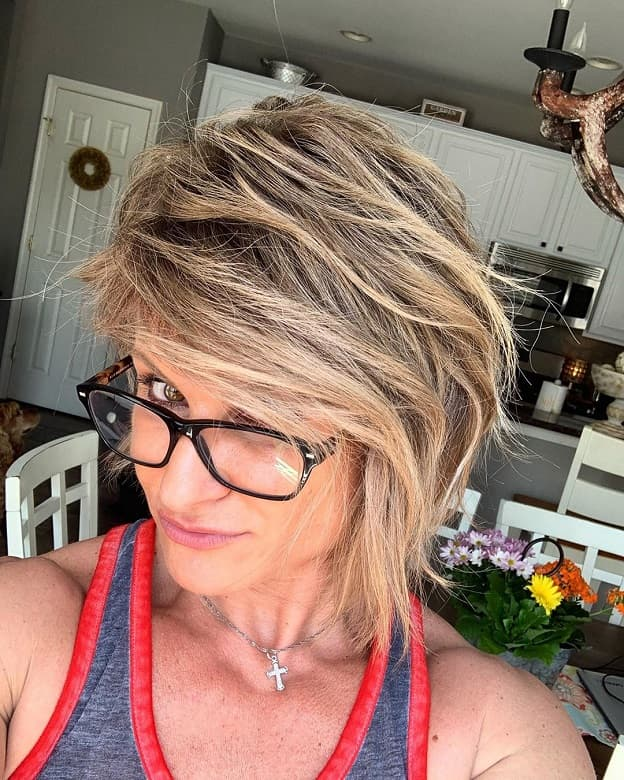 short inverted bob hairstyle