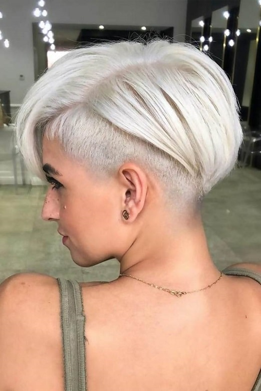 Short Side-Swept Inverted Bob with an Undercut