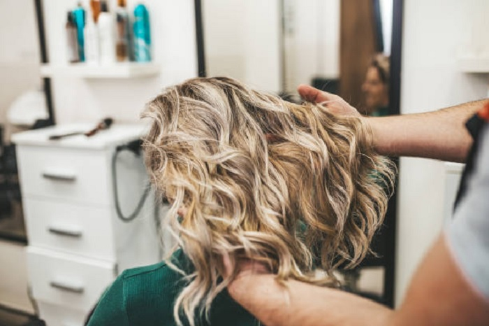 How to Style Naturally Thick Curly Hair
